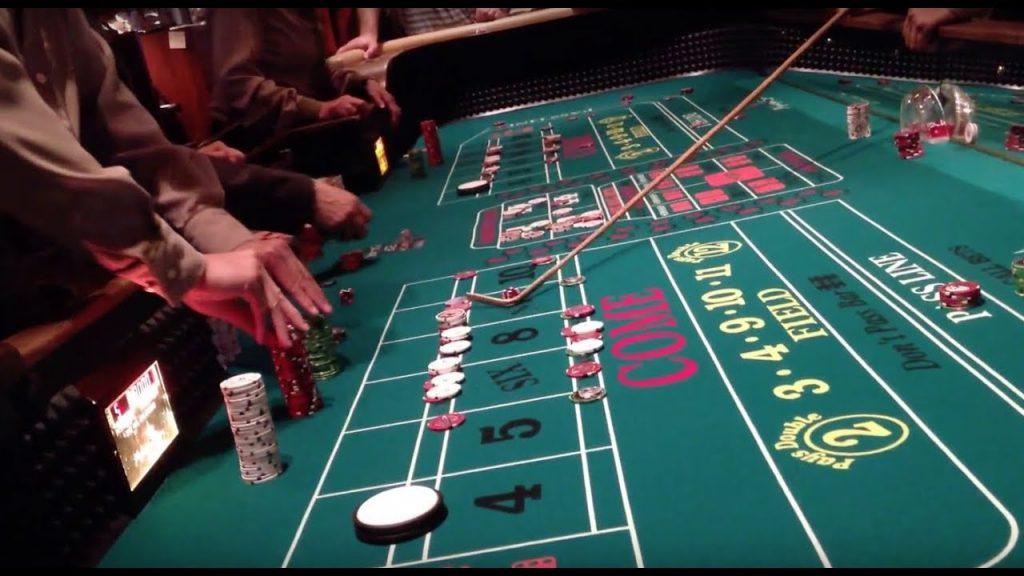 live craps casino